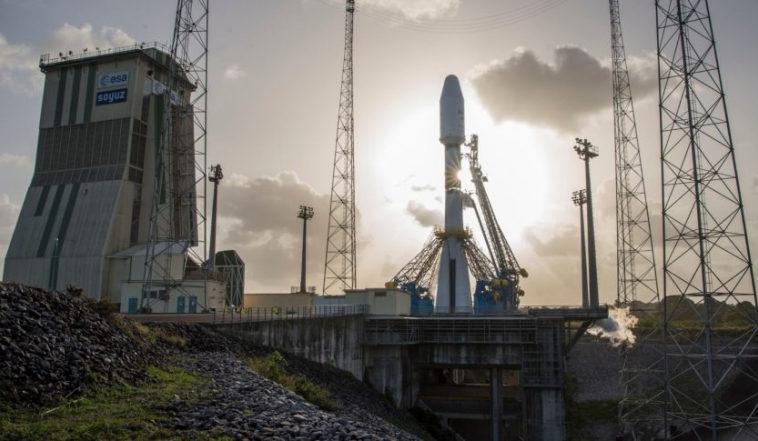 В пересмотренном контракте Arianespace с OneWeb отменяется Ariane 6 и два «Союза». Spacenews