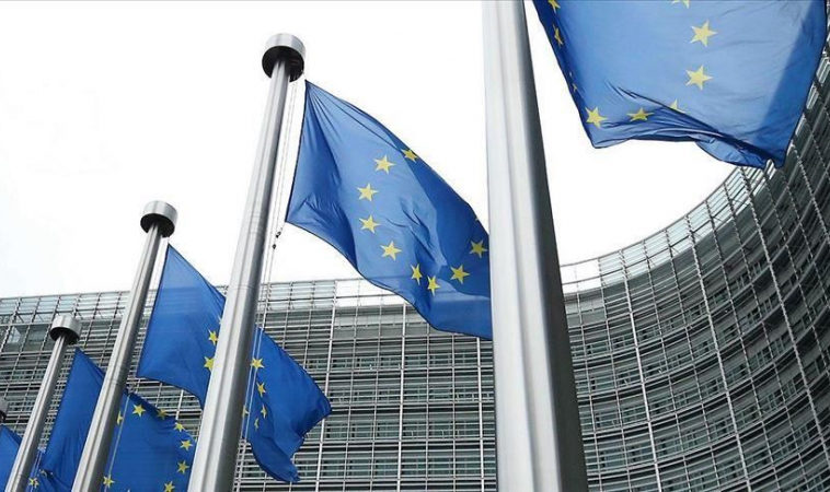 ЕС решил регулировать работу 20 крупнейших IT-компаний мира
