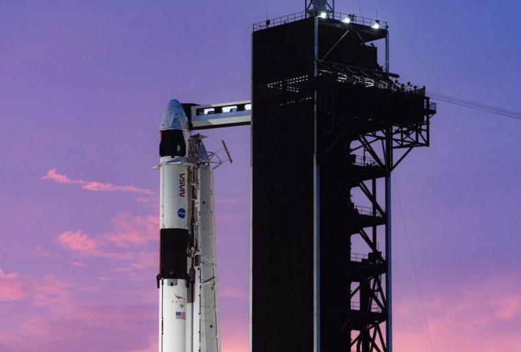 НАСА и Роскосмос договариваются об обмене, чтобы российские космонавты летали к МКС на корабле Crew Dragon от SpaceX