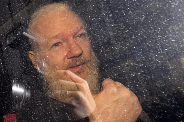Эдварда Сноудена, Джулиана Ассанжа и Челси Мэннинг выдвинули на Нобелевскую премию мира 2021