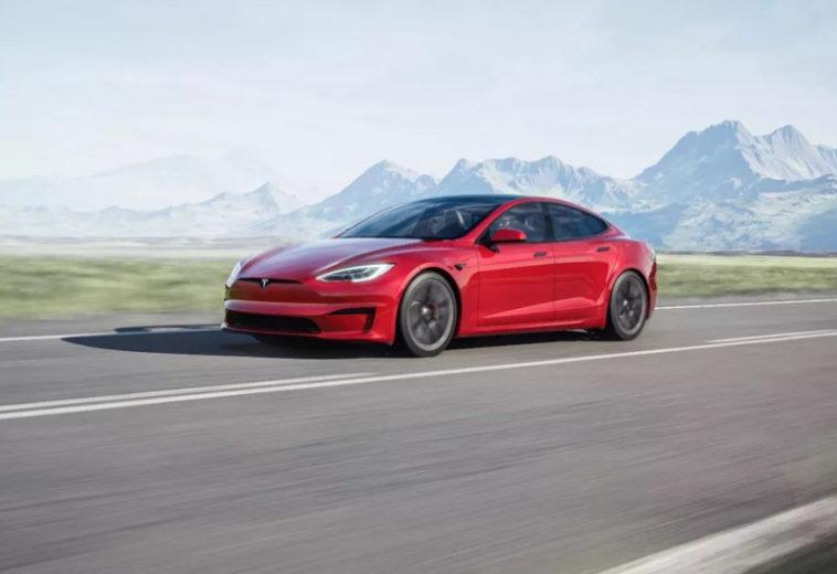 Обновленная Tesla Model S несёт на борту 10 тфлопс производительности и запускает игры