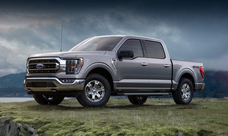 Из-за дефицита микросхем Ford и GM начали собирать пикапы без некоторых опций и устройств