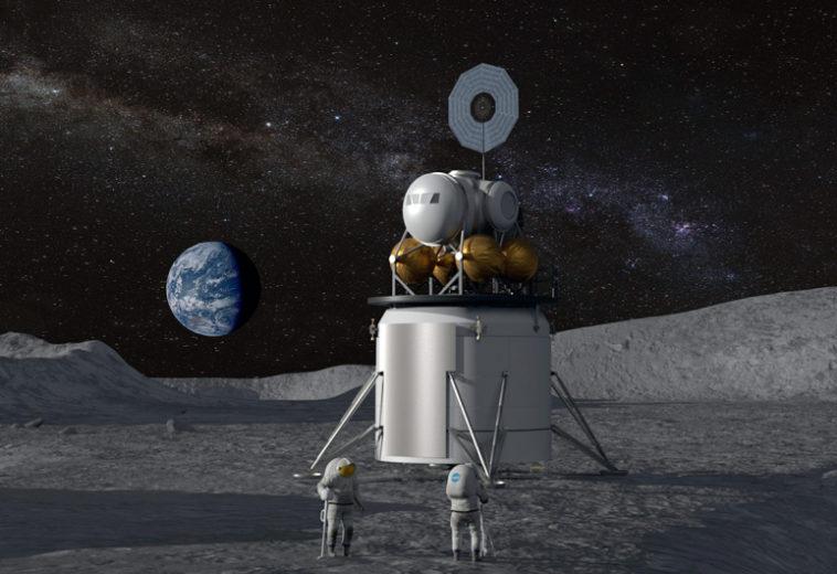 НАСА планирует в ближайшие 10 лет отправить на Луну первую женщину