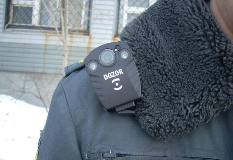 Проверяющие недвижимость в Москве получат носимые видеорегистраторы
