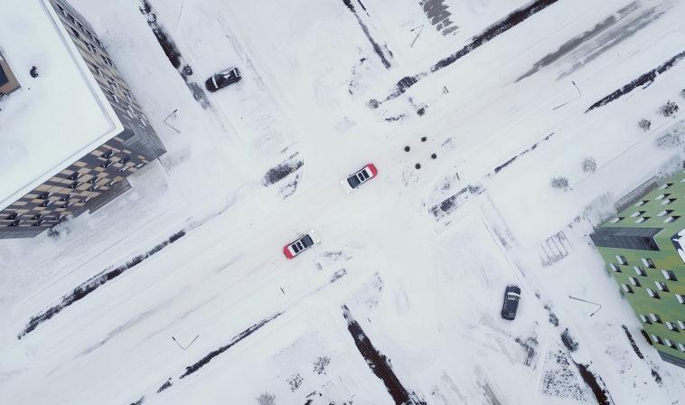 Робомобили Яндекса проехали 10 млн км в сложных погодных условиях