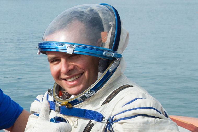 Роскосмос выбрал первого российского космонавта для полёта на Crew Dragon