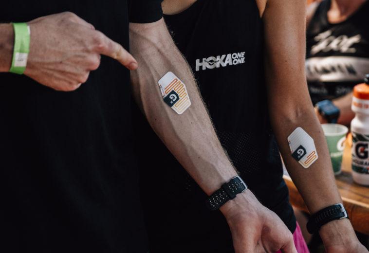 Стартап создал наклейку для измерения потери жидкости во время тренировок