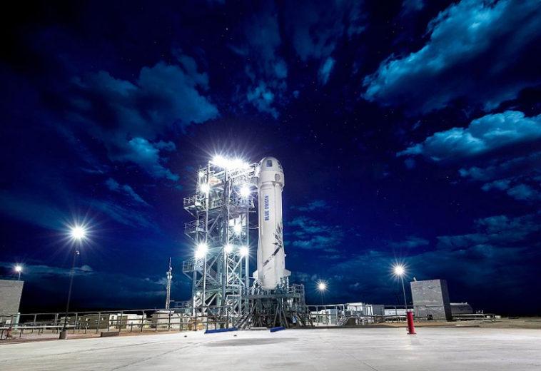 Blue Origin Джеффа Безоса откроет продажу билетов космическим туристам