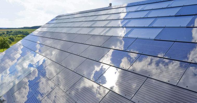 Илон Маск признал ошибки в проекте солнечных крыш Tesla
