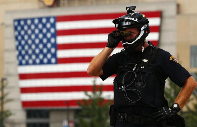 Криптовымогатели получили данные американской полиции и угрожают раскрыть ее информаторов