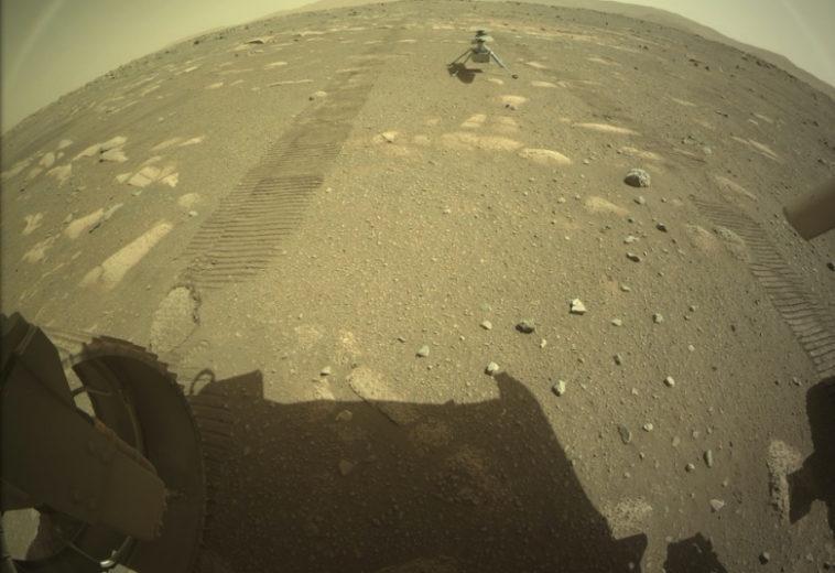 Марсолет «Изобретательность» высадился на поверхность планеты и готовится к первому полету
