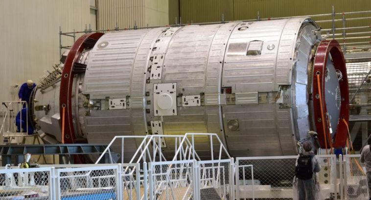 Российскую станцию полностью развернут на орбите не раньше 2035 года