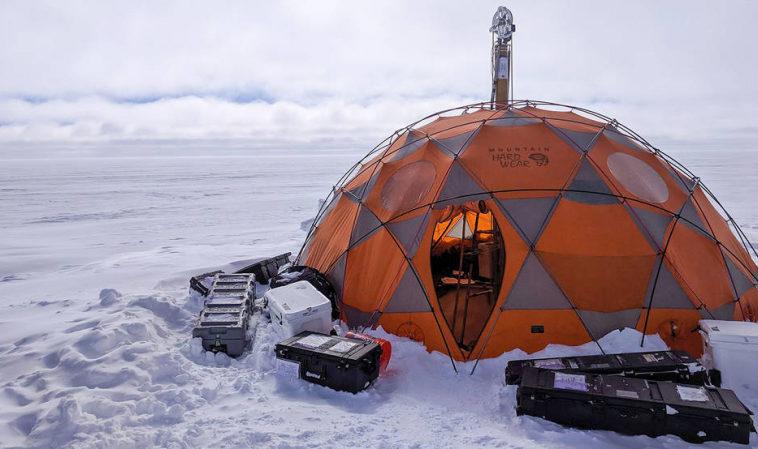 Зонд для бурения льда на других планетах испытывают в Гренландии