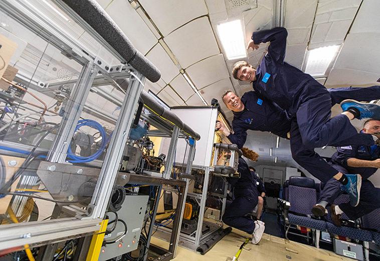 Инженеры протестировали холодильник для астронавтов в условиях микрогравитации
