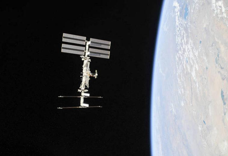 НАСА повысило стоимость коммерческих запусков к МКС