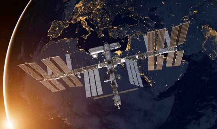 США помогут России найти место утечки воздуха на МКС