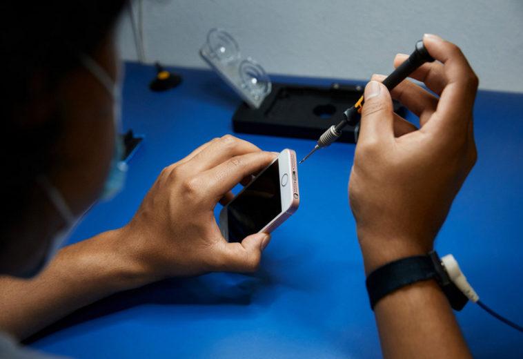 Apple заплатила миллионы за публикацию откровенных фото с iPhone во время ремонта