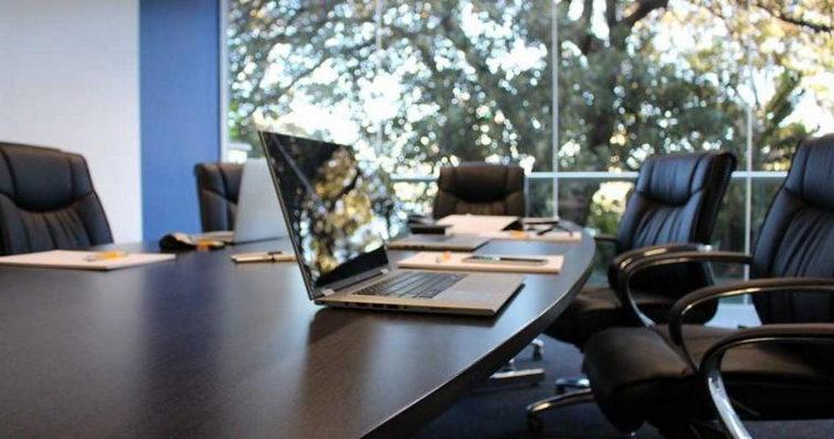 Bloomberg: сотрудники предпочитают увольнение возвращению с удаленки в офисы