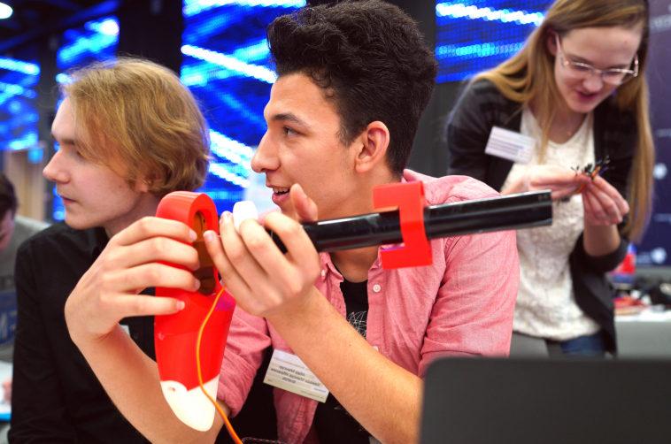 Участники образовательного интенсива в Сколково научатся основам прототипирования