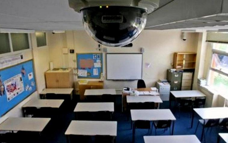 В подмосковной школе нейросеть будет контролировать поведение учеников