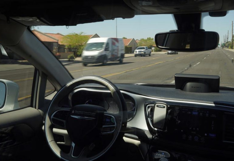Американский автодорожный регулятор обязал компании робомобилей отчитываться по авариям