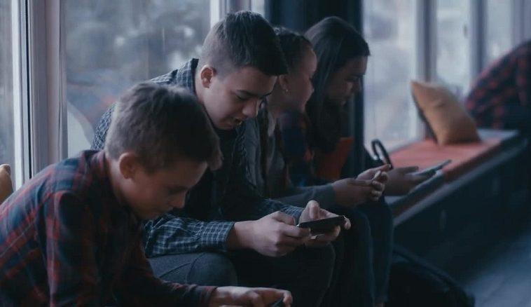 Депутаты ЯНАО: детям младше 14 лет нужно ограничить доступ к соцсетям