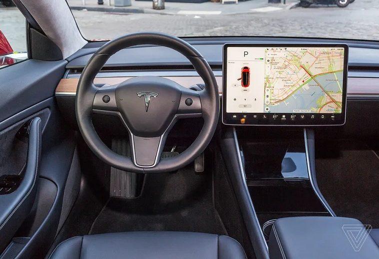 Full-Self Driving beta v9: Tesla рассылает долгожданное обновление системы помощи водителю
