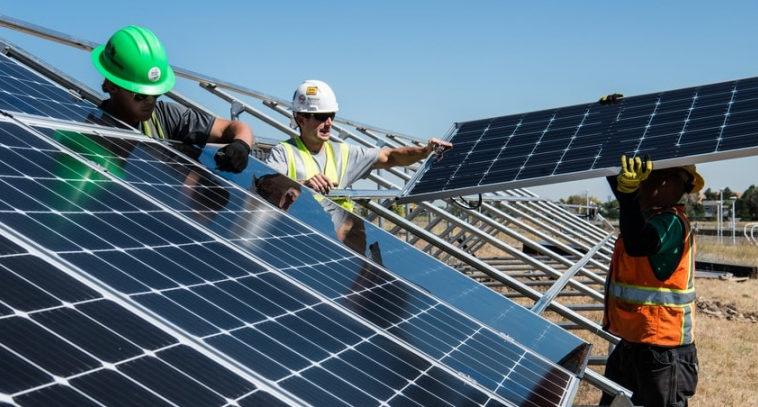 Министерство энергетики США ускорило получение разрешений на установку солнечных панелей на крыши домов